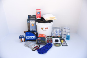 Deluxe Home Emergency Kit - 1 Person - Perfect Prepper