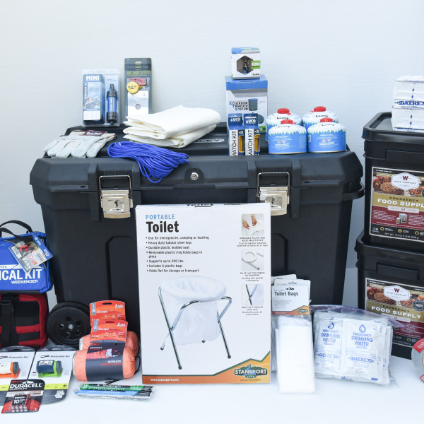 Basic Family Home Emergency Kit – Perfect Prepper