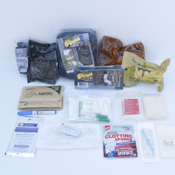 Deluxe Advanced Trauma & Traumatic Bleeding Kit – Perfect Prepper